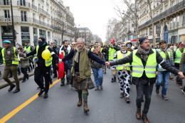 Pháp: Biểu tình Áo vàng tiếp diễn tuần thứ 10 liên tiếp