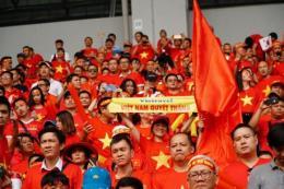 Bay miễn phí tới UAE cổ vũ đội tuyển Việt Nam