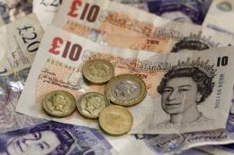 Bảng Anh tăng giá sau khi Thủ tướng Theresa May thông báo từ chức
