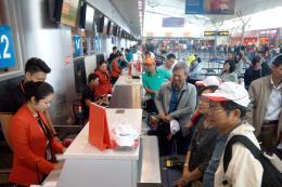 Ưu tiên thủ tục hàng không cho gia đình có trẻ em và người cao tuổi dịp Tết
