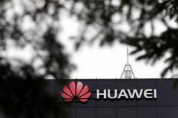 Trung Quốc chỉ trích dự luật của Mỹ nhằm vào Huawei, ZTE