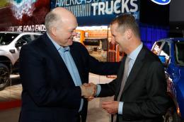 Volkswagen cùng Ford hợp tác phát triển xe thương mại và xe bán tải