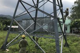 Giải pháp nào tăng năng suất lao động trong ngành truyền tải điện?