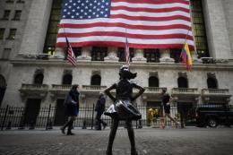 Chứng khoán Âu - Mỹ tăng điểm sau thông tin cuộc họp mới nhất của Fed