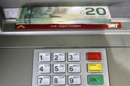Đồng CAD của Canada mất giá mạnh