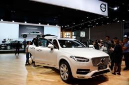Volvo cài đặt camera và cảm biến vào ô tô để giám sát tài xế