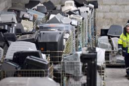 Thực trạng chất thải điện tử toàn cầu: Cái giá quá đắt về kinh tế