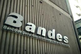 Bộ Tài chính Mỹ áp đặt trừng phạt ngân hàng Venezuela