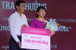 Agribank trao 1 tỷ đồng cho khách hàng may mắn