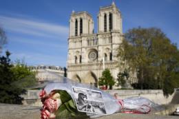 Quỹ phục dựng Nhà thờ Đức Bà Paris dưới cái nhìn đa chiều của báo giới