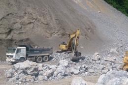 Tìm thấy thi thể công nhân bị vùi lấp sau vụ nổ mìn khai thác đá
