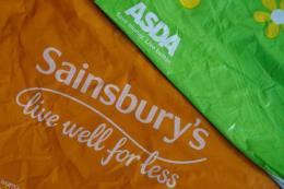 Anh bác kế hoạch sáp nhập chuỗi siêu thị Sainsbury's và Asda