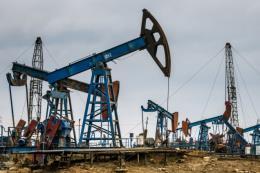 Kỳ vọng vào đàm phán thương mại Mỹ-Trung đẩy giá dầu thế giới tăng mạnh