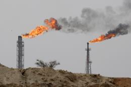 Chuyên gia: Lệnh trừng phạt của Mỹ không thể ngăn Iran xuất khẩu dầu