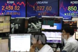 Chứng khoán châu Á lên điểm trước phiên điều trần của Chủ tịch Fed