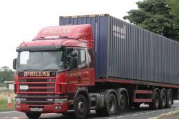 Đức sử dụng xe tải điện để vận chuyển container