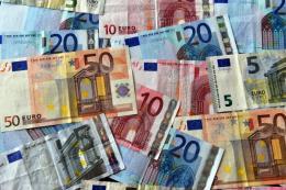 Eurozone thất bại trong giải quyết bất đồng về ngân sách