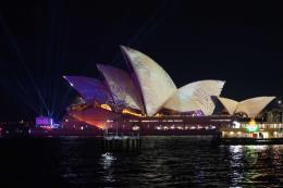 Australia khai mạc lễ hội ánh sáng Vivid Sydney 2019 lớn nhất thế giới