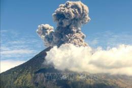 "Indonesia: Núi lửa Agung tại Bali đã ""thức giấc"""