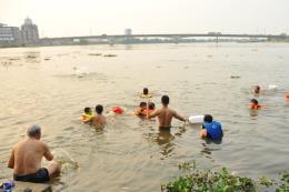Liên tiếp các vụ đuối nước thương tâm ở trẻ em trong những ngày đầu Hè