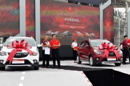 VinFast chính thức bàn giao hàng trăm xe Fadil cho khách hàng đặt cọc đầu tiên
