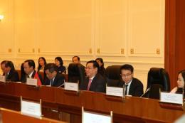 Phó Thủ tướng  Vương Đình Huệ hội đàm với Phó Tổng thống Myanmar Myint Swe