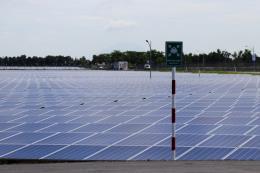 Phát triển năng lượng tái tạo- Bài 1: Cơ hội cho điện gió và điện mặt trời