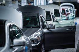 Anh: Số đơn đặt hàng chế tạo giảm sút trong tháng Sáu