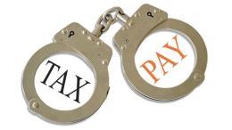 Khởi tố luật sư và vợ về tội trốn thuế