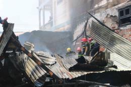 Cháy trại xuồng gây thiệt hại 1 tỷ đồng