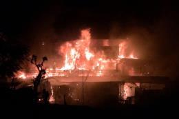 Nhà hàng du thuyền Hải Âu trên sông Lô bị lửa thiêu rụi