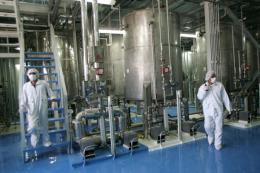 Mỹ miễn trừ trừng phạt liên quan tới thỏa thuận hạt nhân Iran