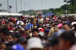 Mỹ mở chiến dịch truy quét quy mô lớn người nhập cư trái phép