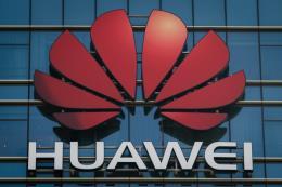 Huawei cắt giảm nhân viên tại Mỹ do bị đưa vào
