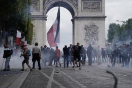 Pháp: Xung đột giữa cảnh sát và người biểu tình