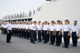 Tàu Hộ vệ tên lửa 016 của Việt Nam thăm Nga và tham dự duyệt binh