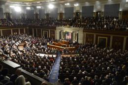 Hạ viện Mỹ thông qua dự luật tăng lương tối thiểu