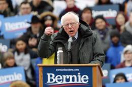 """Ứng cử viên Sanders công bố kế hoạch đảm bảo """"Quyền được nghỉ hưu an toàn"""""""