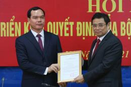Đồng chí Nguyễn Đình Khang giữ chức Bí thư Đảng đoàn Tổng Liên đoàn Lao động Việt Nam