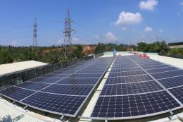 Nhân rộng hệ thống điện mặt trời áp mái tại Việt Nam