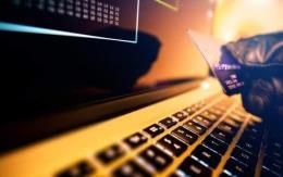 Triệt phá đường dây lừa đảo bán thẻ ngân hàng quy mô lớn