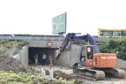 Khắc phục tồn tại trên tuyến đường gom cao tốc Pháp Vân - Cầu Giẽ