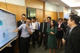 Ngân hàng Việt đầu tiên số hóa môi trường làm việc với Microsoft Teams
