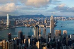 Hong Kong rơi vào suy thoái kinh tế lần đầu tiên sau 10 năm