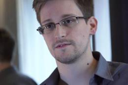 Cựu nhân viên an ninh Mỹ Edward Snowden chuẩn bị xuất bản hồi ký
