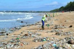 Giảm rác thải nhựa trên biển: Bài 1 -
