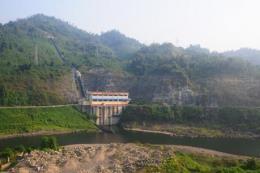 Nhiều hồ thủy điện vẫn cạn dù hoàn lưu bão số 3 gây lũ lụt nhiều nơi