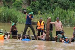 Đắk Lắk tập trung mọi nguồn lực, xử lý sự cố vỡ đê bao Quảng Điền
