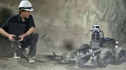 Robot thế giới tranh tài trong cuộc thi Hệ thống ứng phó thách thức ngầm