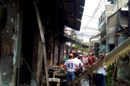 Nổ bình gas khiến 7 ngôi nhà bị hư hỏng
